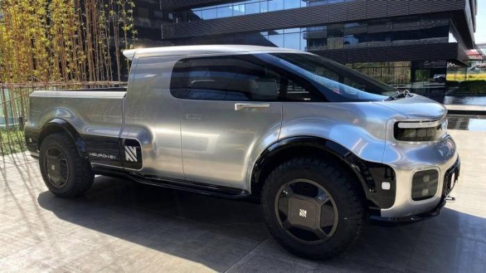Электрические прототипы Neuron — автомобиль-трансформер и грузовик