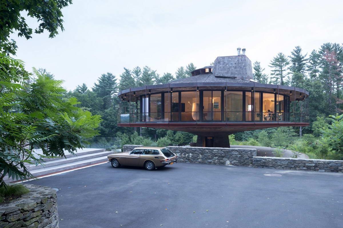 Круглый вращающийся дом в штате Коннектикут