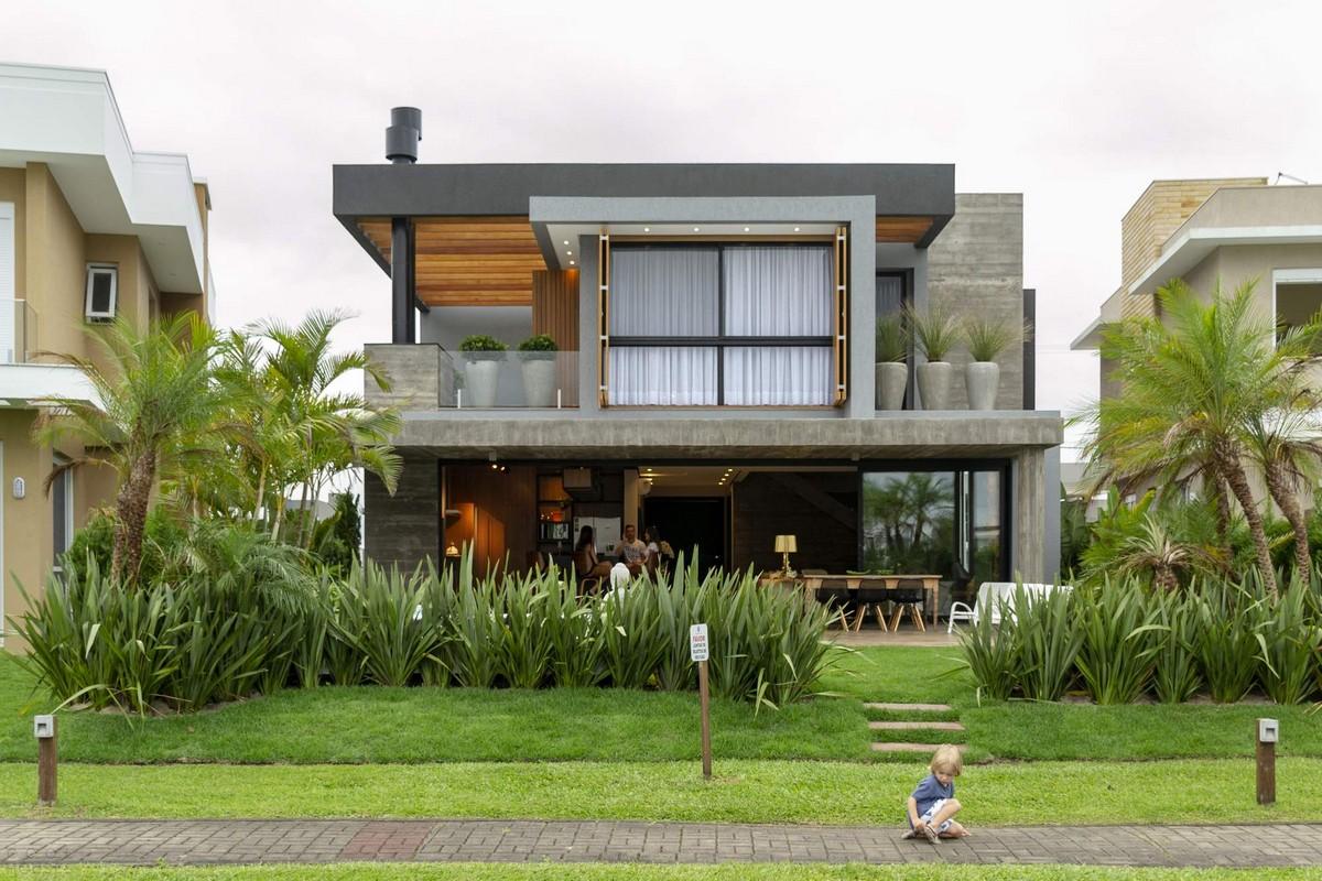Современный семейный дом в Бразилии