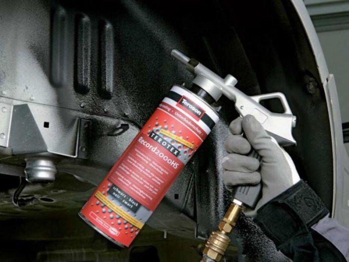 5 веществ, которые то и дело необходимо менять в своей машине