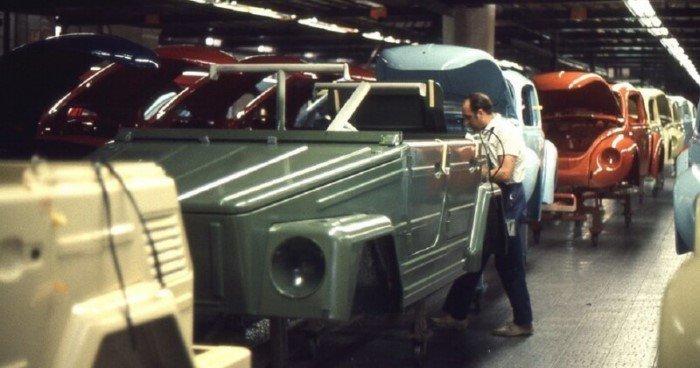 Экскурсия по заводу Volkswagen в Вольфсбурге в 1970 году