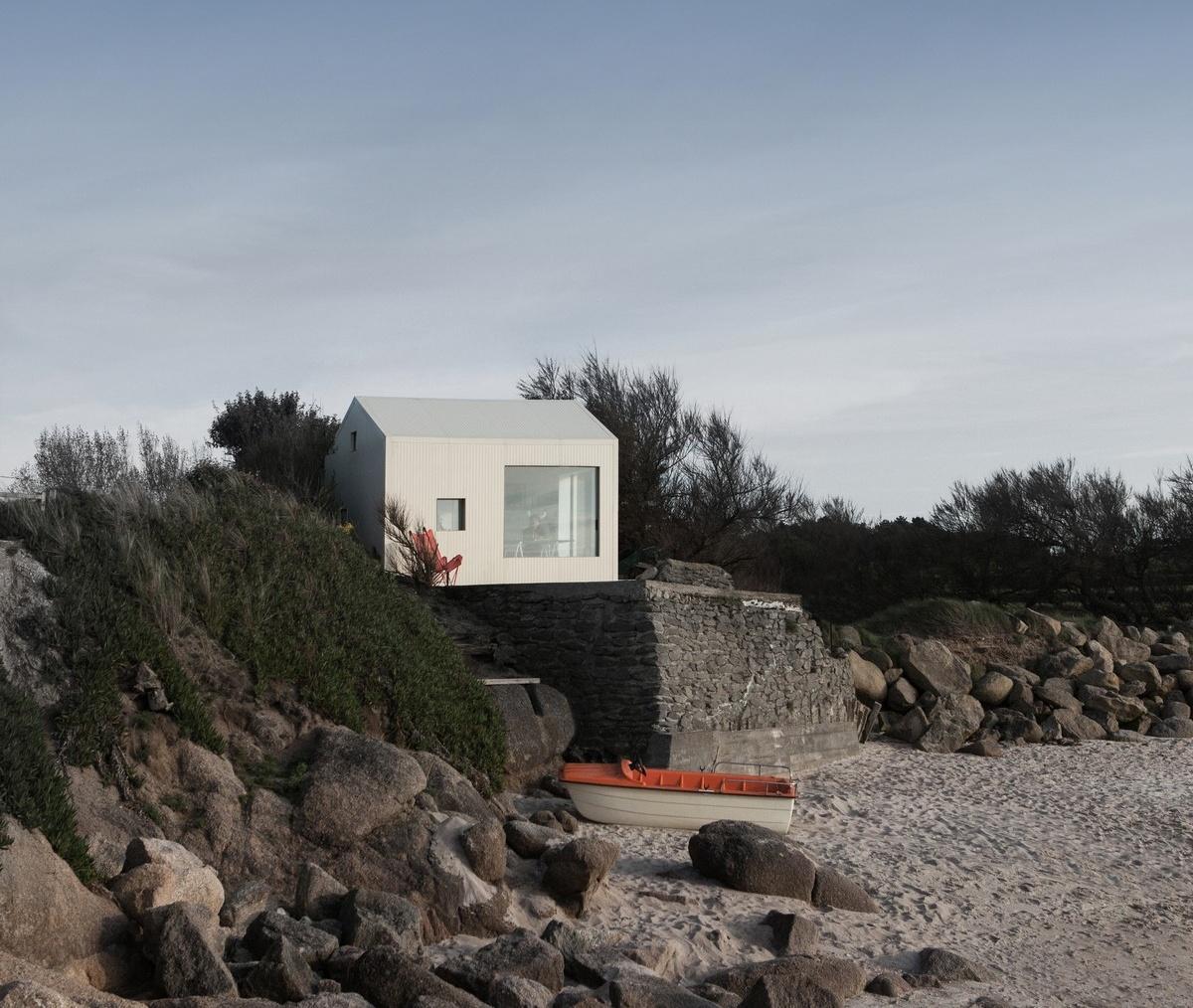 Летний домик у моря во Франции