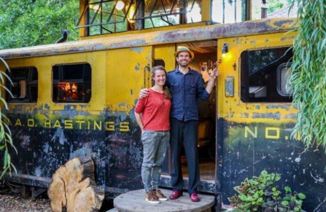 Необычное жилье из вагона поезда времен Второй Мировой