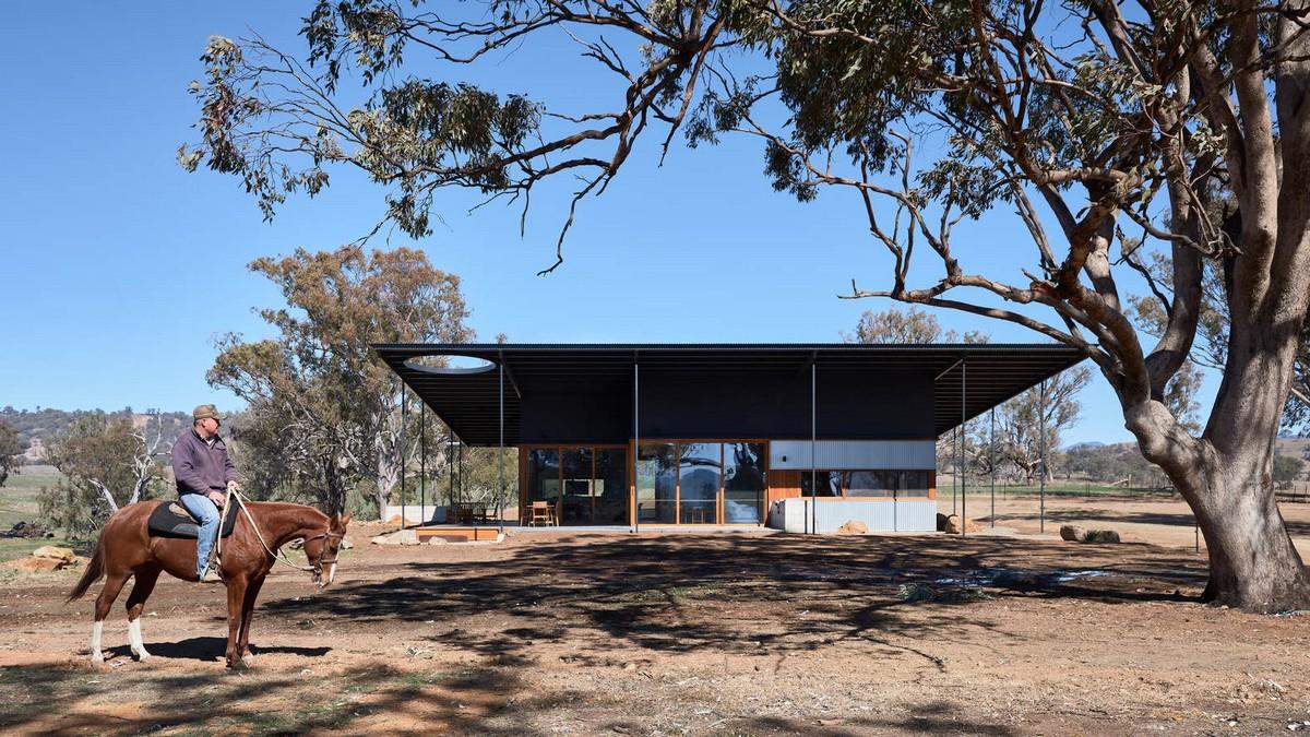 Самодостаточный фермерский дом в Австралии