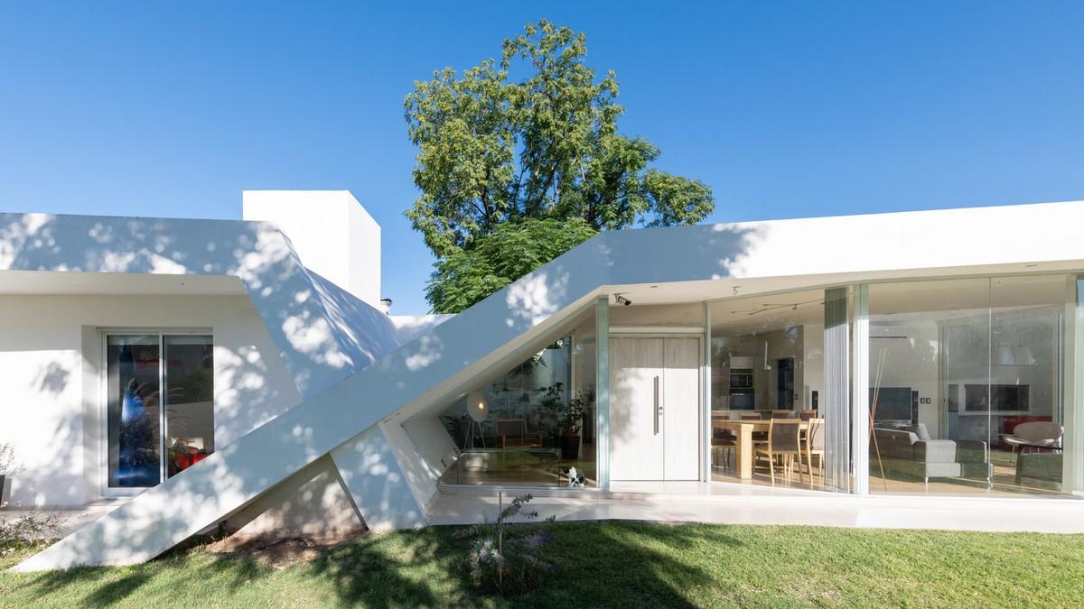 Семейный дом X в Аргентине