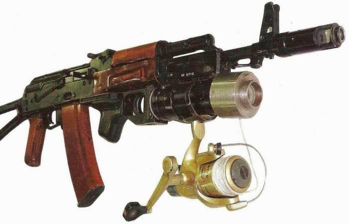 Для чего к АК-74 крепили катушку от спиннинга