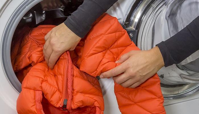 Простые правила стирки зимней одежды
