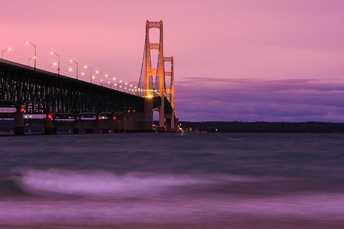 Самые длинные среди висячих мостов в мире