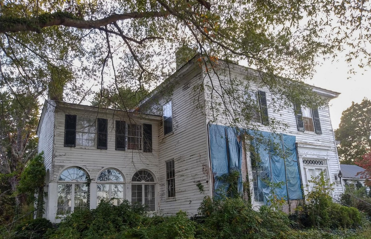 Заброшенный дом доктора в Северной Вирджинии