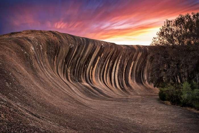 «Застывшая» каменная волна в Австралии