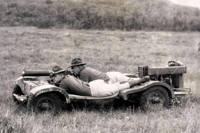 Американский автомобиль, на котором ездили лежа на животе