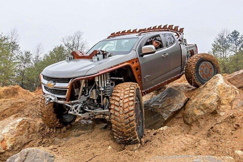 «Химера» — безумный внедорожник, созданный из пикапа Chevrolet