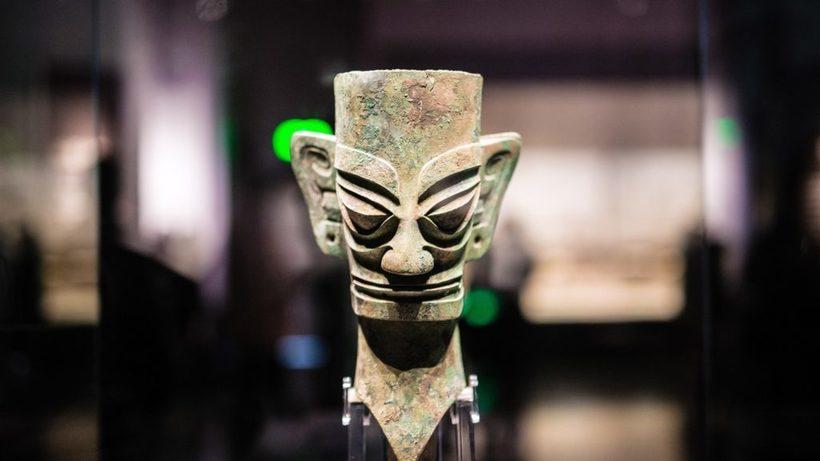 Какую тайну хранят бронзовые маски Саньсиндуй