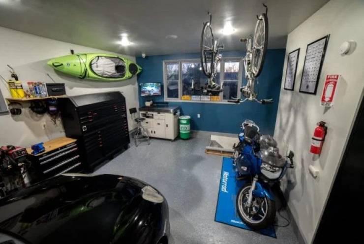 Крутые гаражи и порядок в них