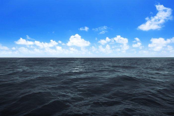 Почему Черное море называется «черным»?