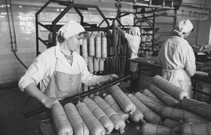 Почему вареную колбасу в СССР называли именно «Докторской»