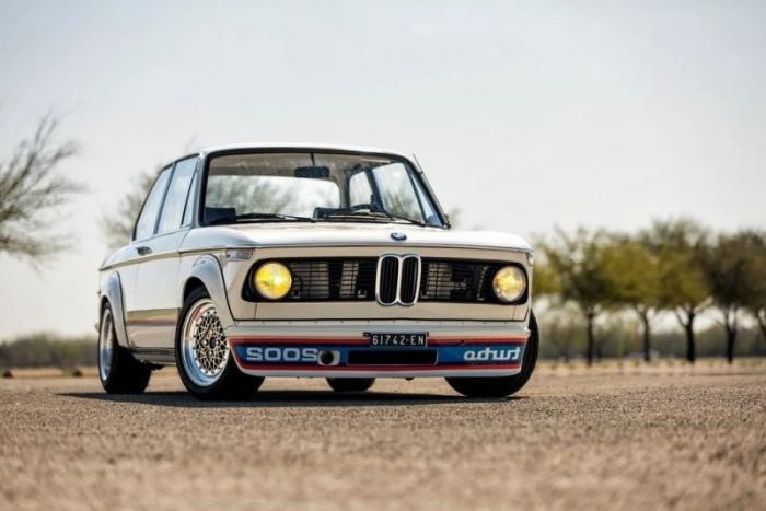 BMW 2002 Turbo — первый серийный BMW с турбонаддувом