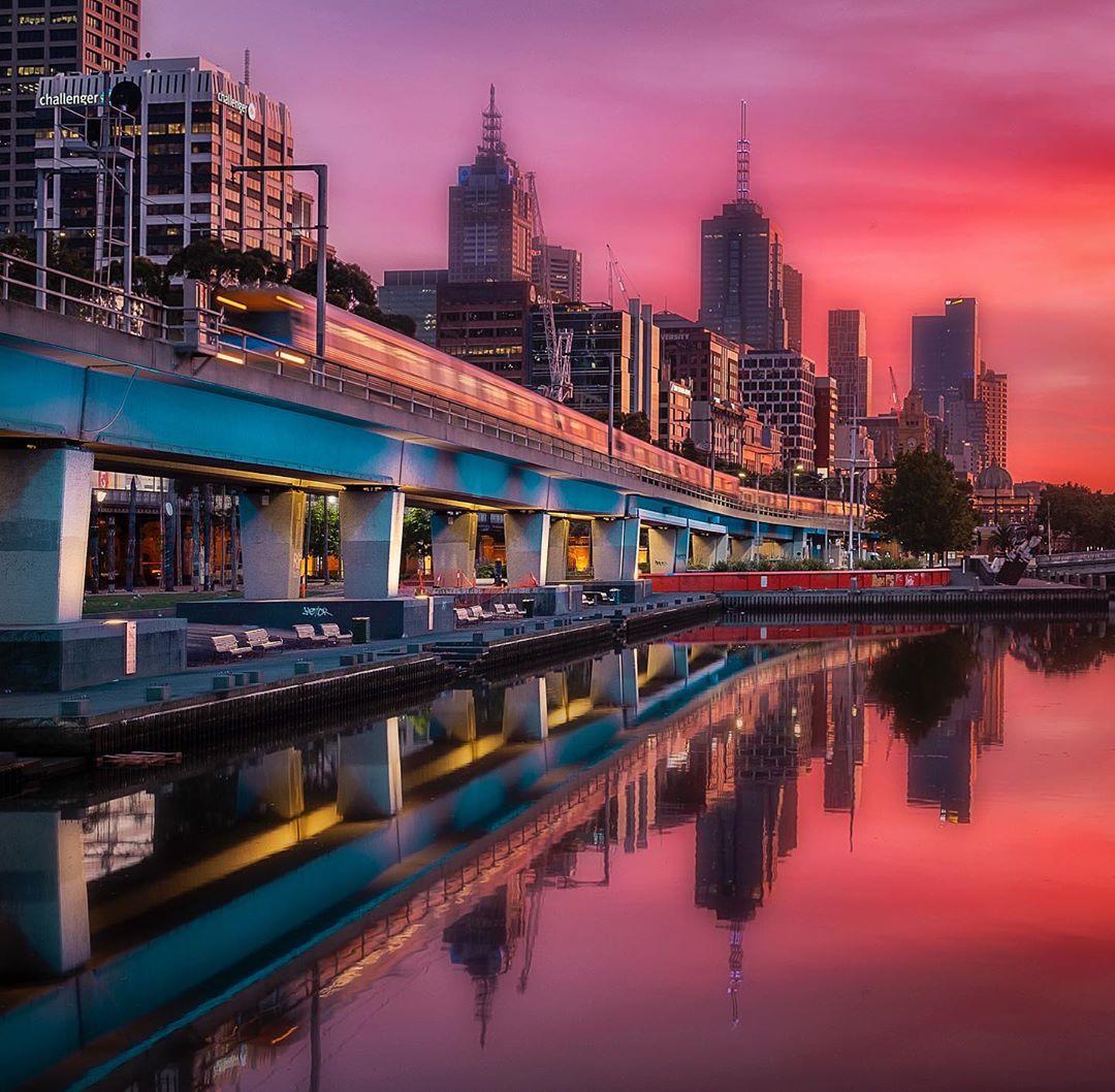 Городские пейзажи от Александра Мартиндеса Чанга
