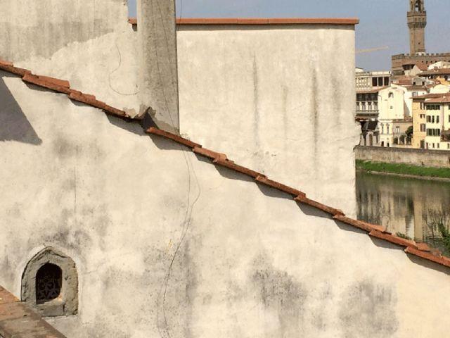 Из-за коронавируса в Тоскане вернулись к «чумным» традициям