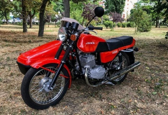 Jawa-350 с коляской 1990 года выпуска после реставрации