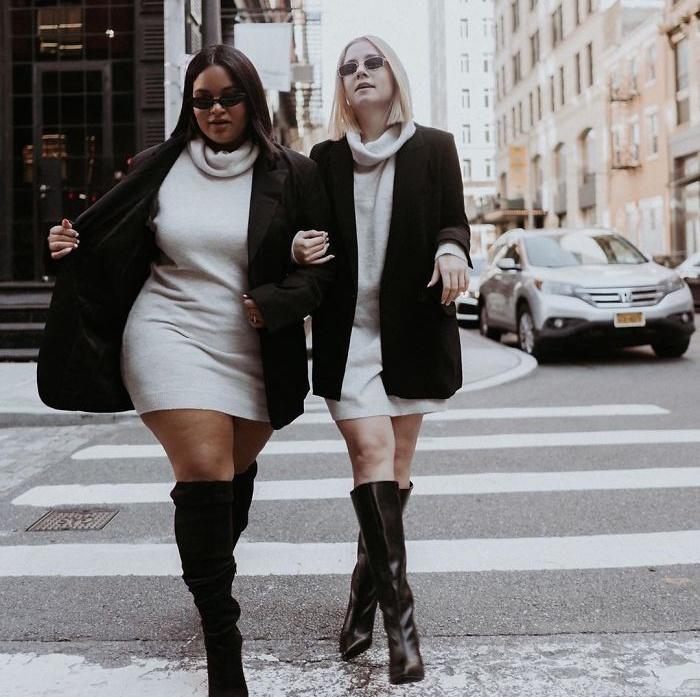 Две подруги продолжают демонстрировать одинаковую одежду на разных типах фигуры