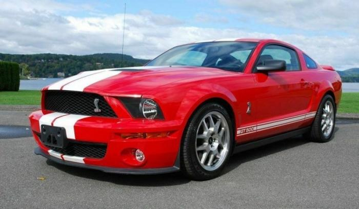 Ford Mustang Shelby GT500 из фильма «Я легенда»