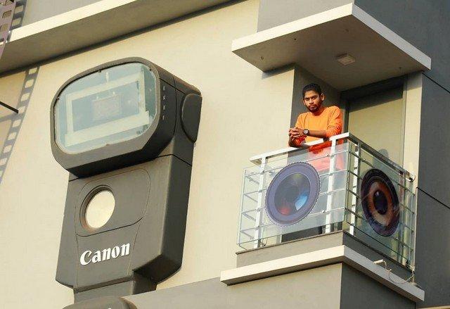 Индийский фотограф Рави Хонгал построил себе «фотодом»