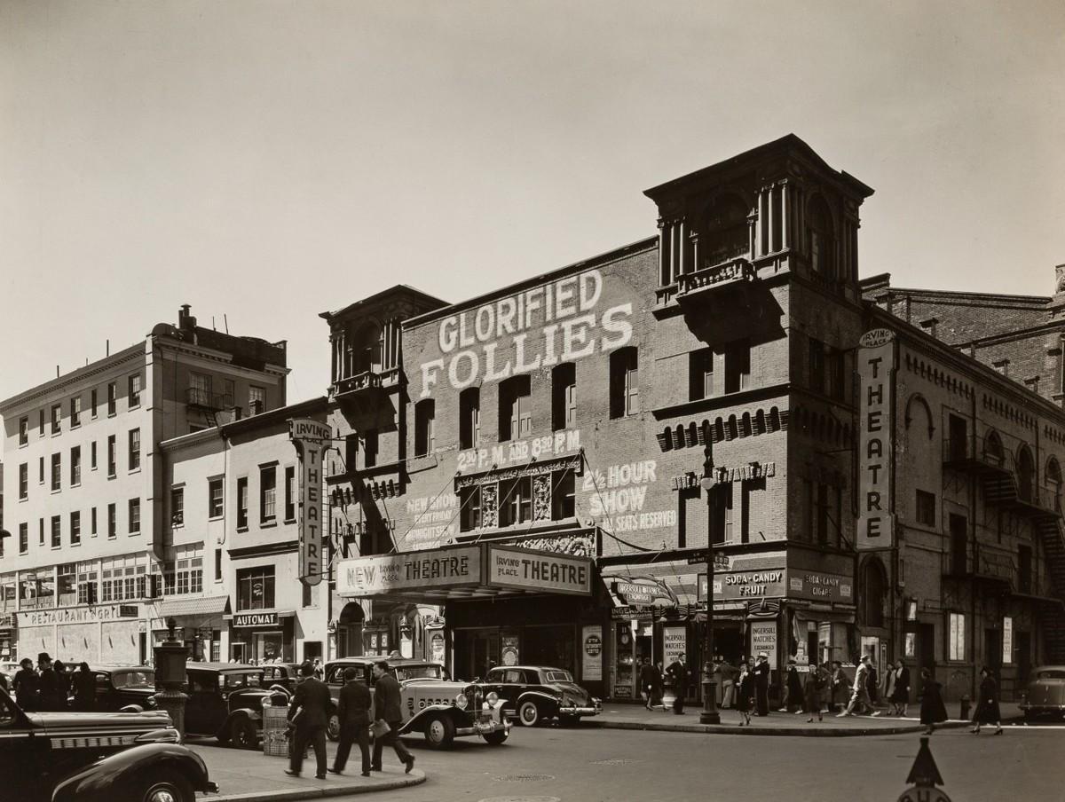 Нью-Йорк в 1930-е годы на снимках Беренис Эббот