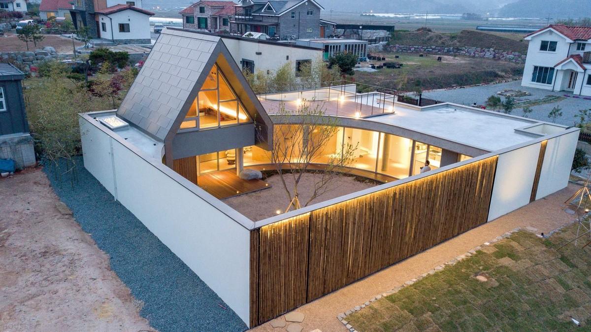 Современный семейный дом в Южной Корее