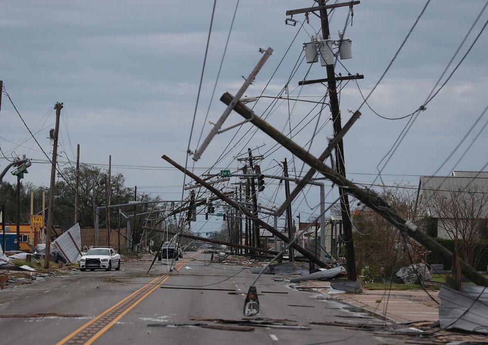 Ураган четвертой категории «Лаура» в США