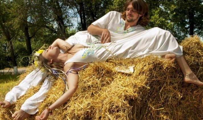 Почему женщинам на Руси запрещалось спать голышом
