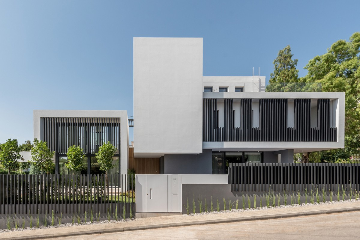 Современный дом в пригороде Афин