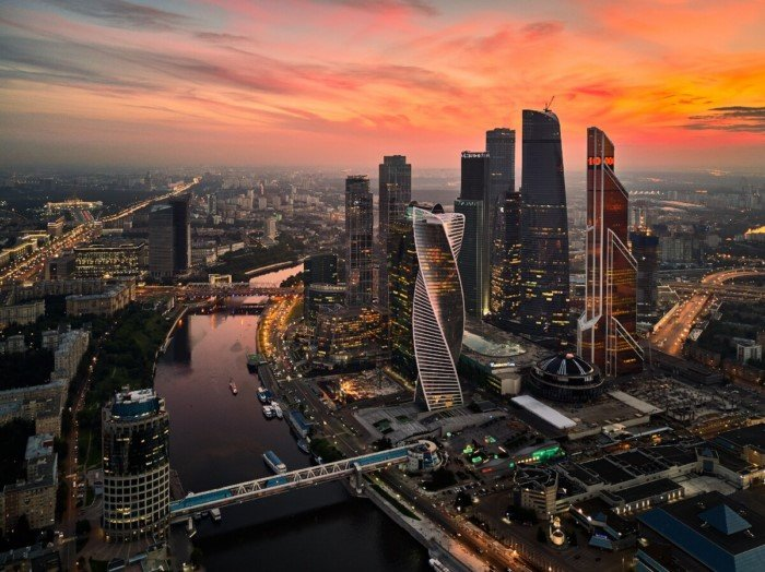 Каким может быть мир, если все будут жить в одном городе?