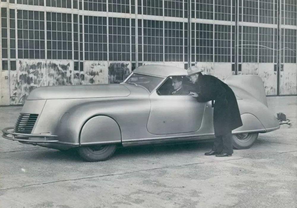 Прототип Streamlined Retractable Hardtop 1938 года