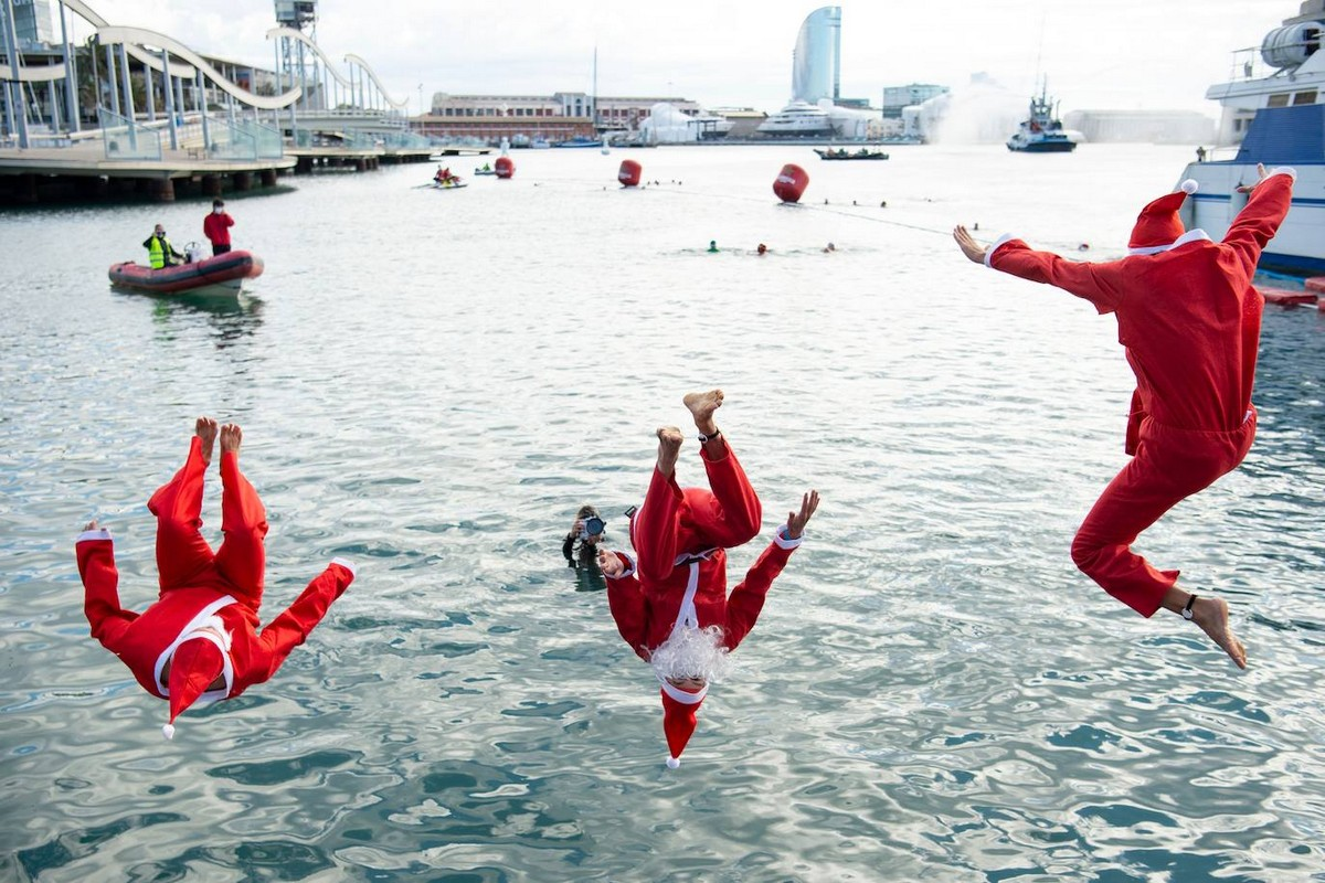 Ежегодный заплыв «Рождественский кубок» 2020 в Барселоне