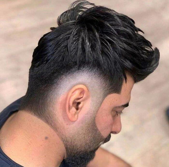 Им срочно нужно сменить парикмахера