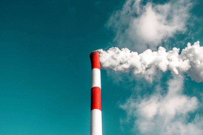 Из-за чего озоновые дыры нельзя заполнить искусственным озоном?