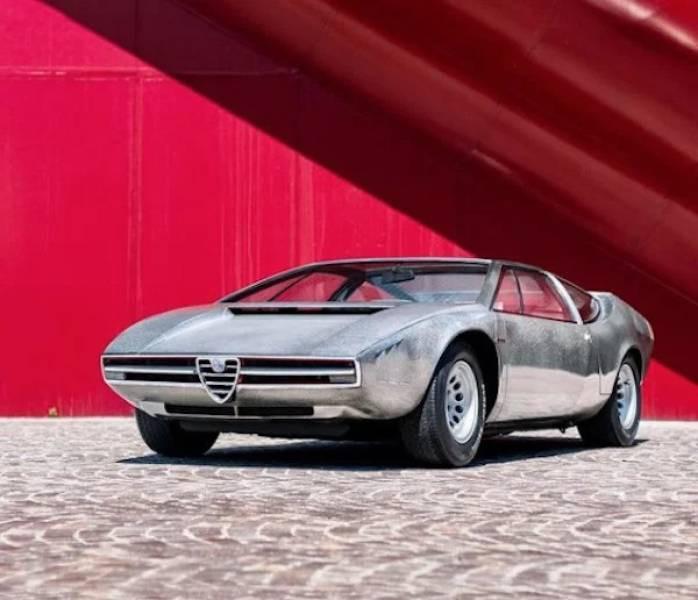 Крутые автомобили разных лет для ценителей