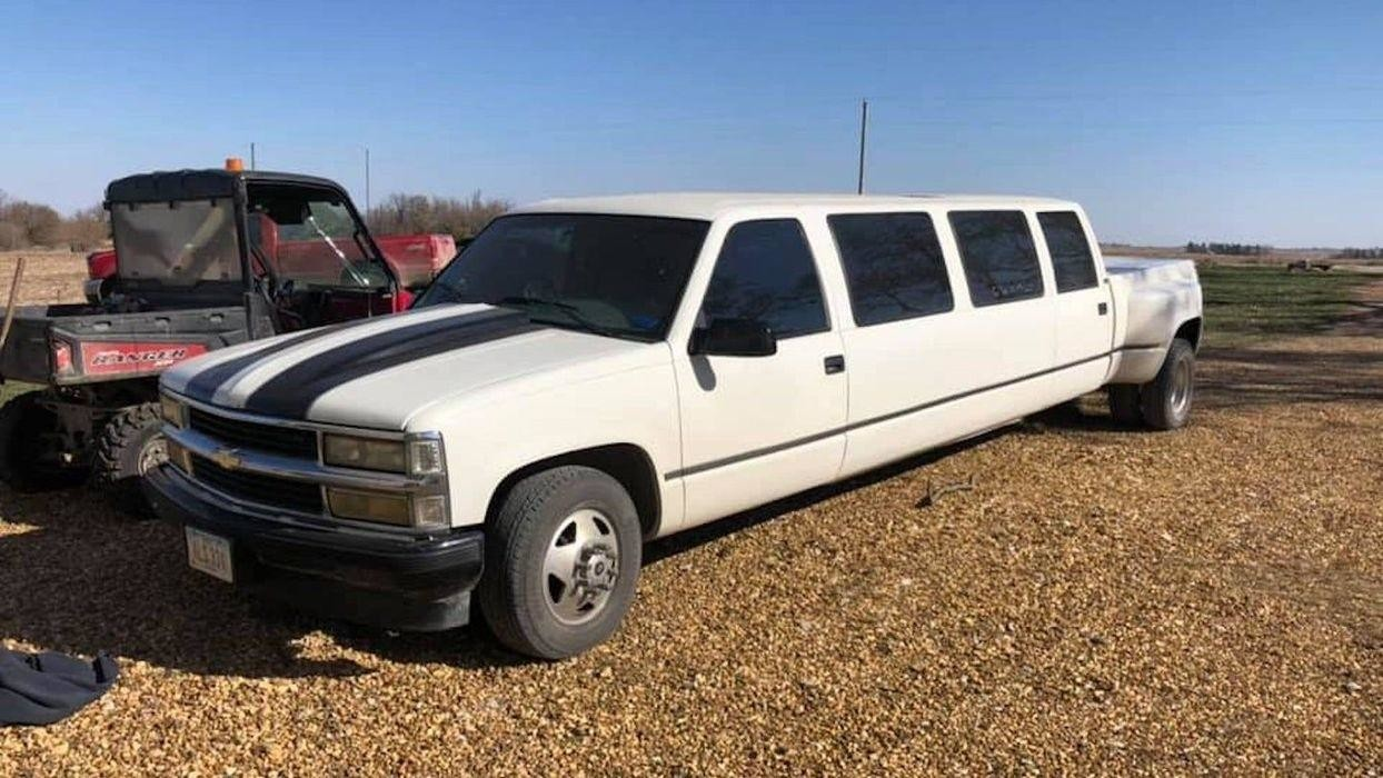 Лимузин Chevy Silverado — пикап для вечеринок