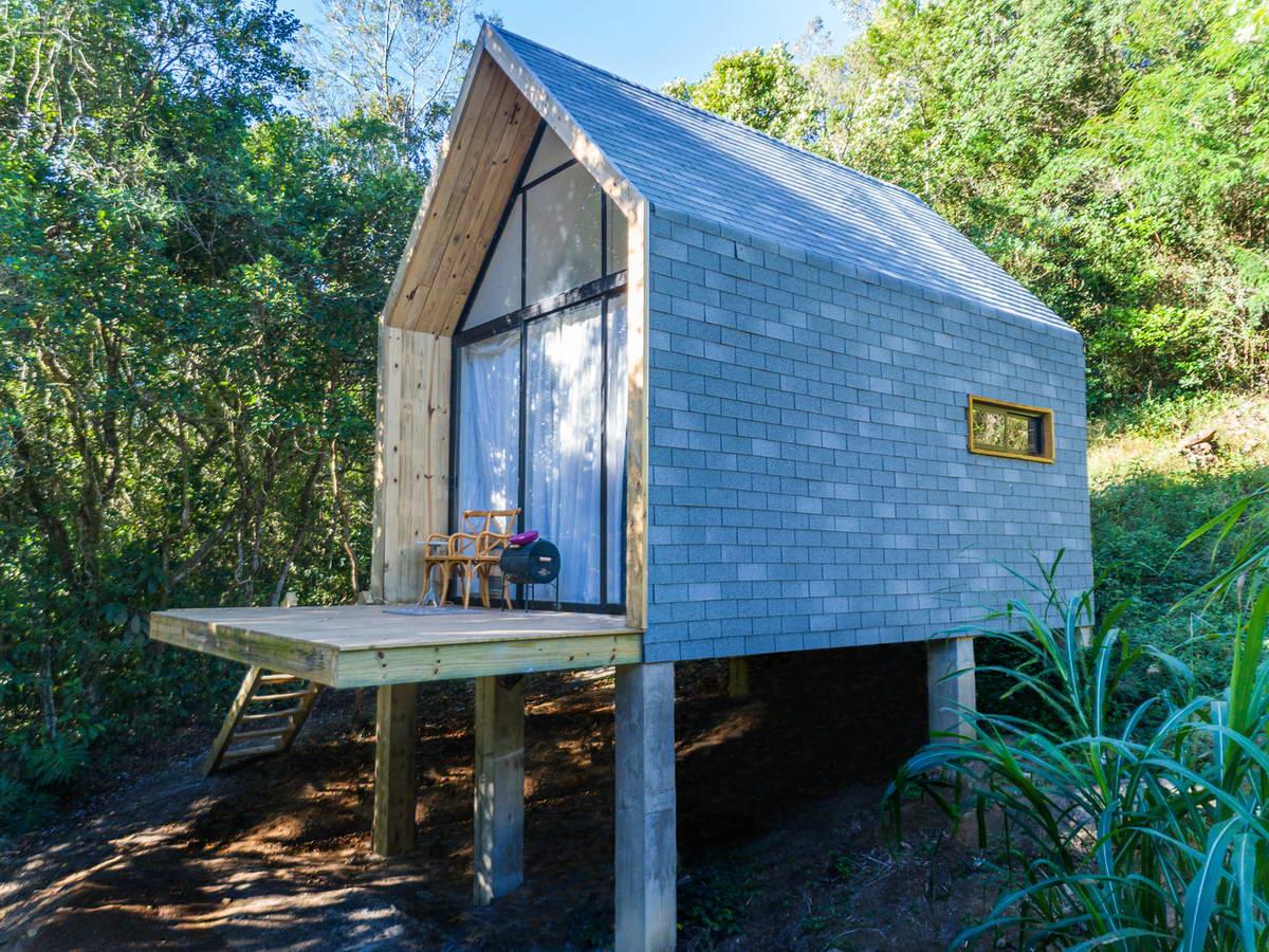 Миниатюрный дачный домик «сделай сам» в Бразилии