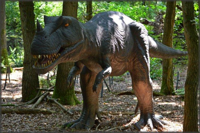 Может ли современная наука оживить динозавров?