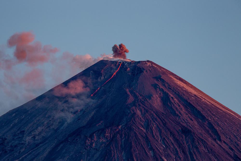 Зрелищные извержение вулканов в 2020 году на снимках