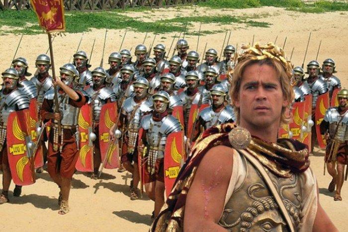 Что бы произошло, если бы Александр Македонский не умер и напал на Рим?