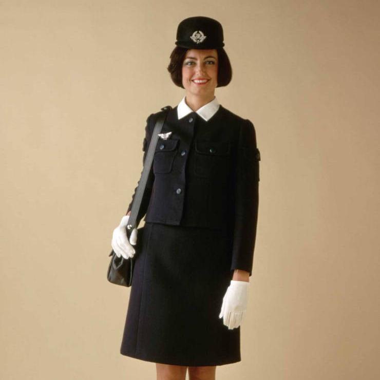 Униформа стюардесс разных компаний 1970-х годов