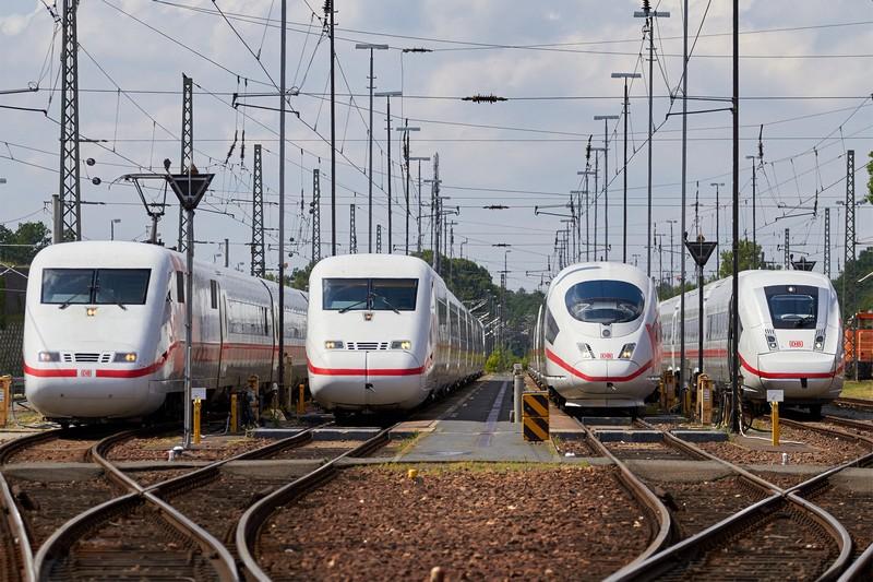 Самые быстрые поезда мира, которые доставляют с ветерком