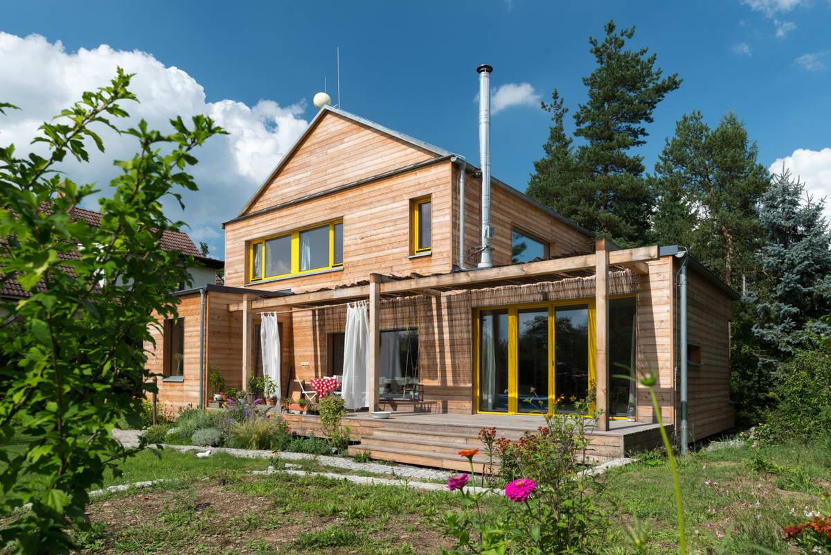 Семейный деревянный дом в чешской деревне