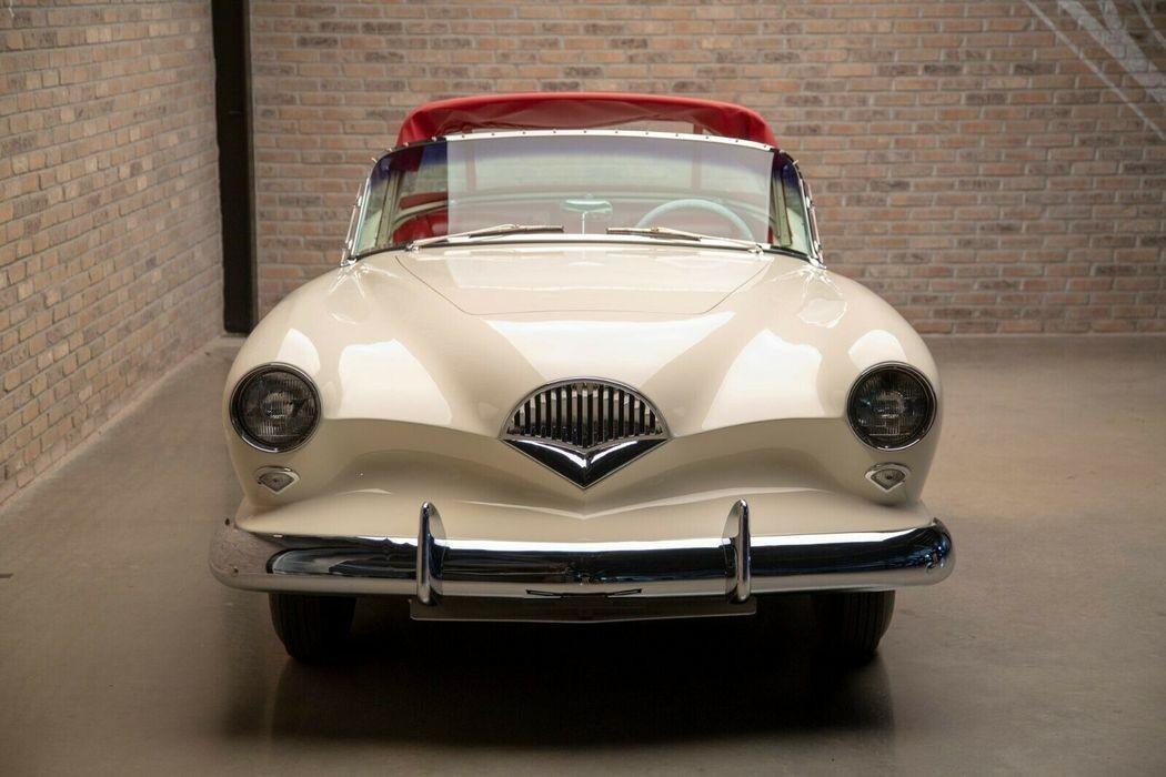Уникальный американский спортивный автомобиль Kaiser Darrin 1950-х годов