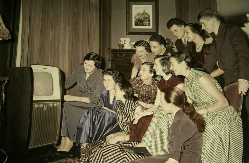 Почему телевизор был мерилом достатка советских семей