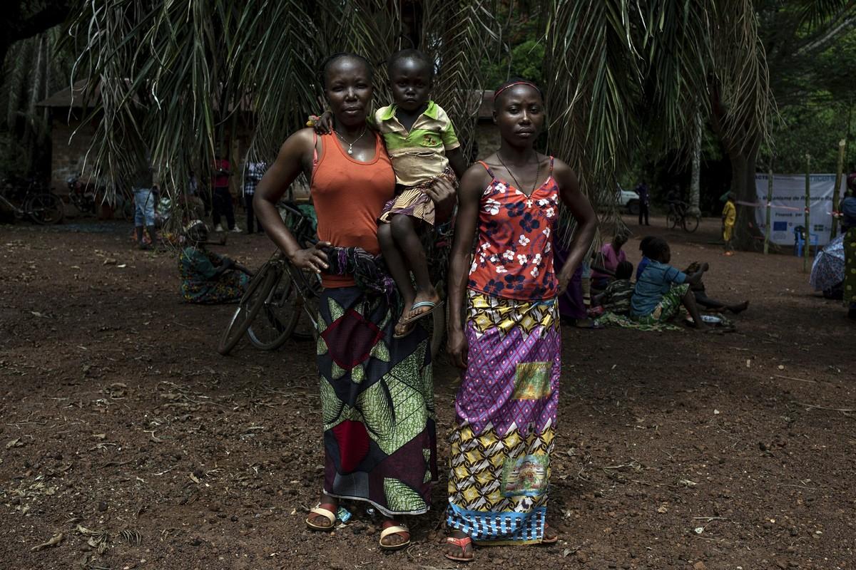 Тысячи людей бегут от повстанцев в Центральноафриканской Республике