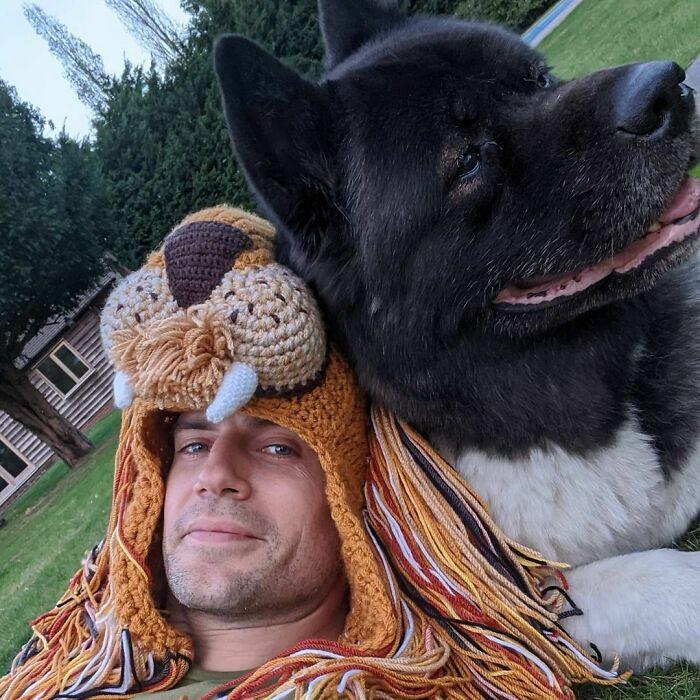 Западные знаменитости, которые любят своих собак